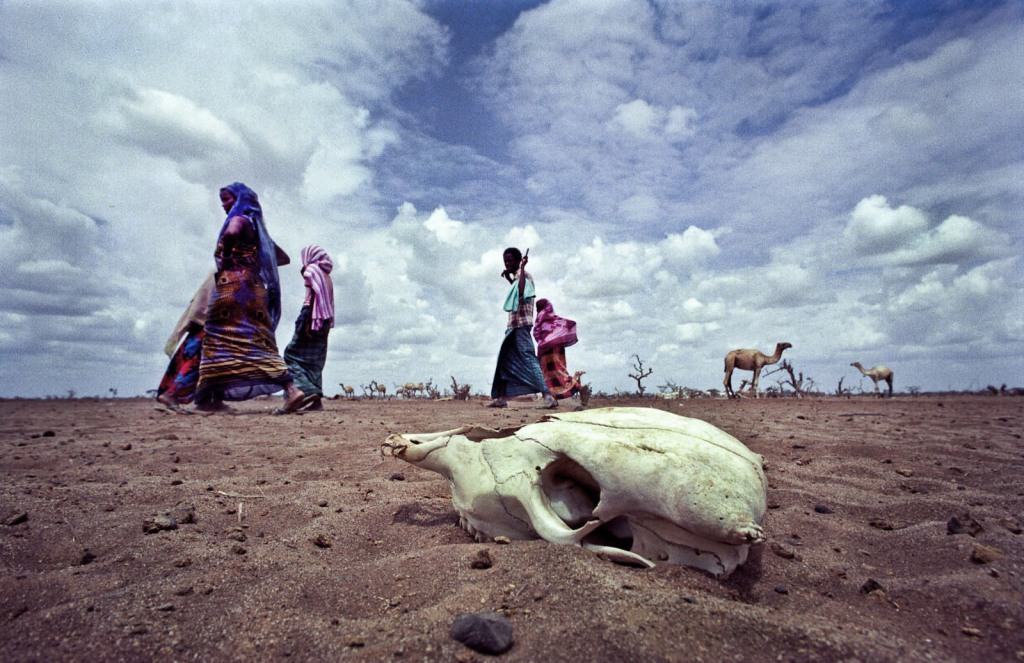 Somalia, Kenya border 1992. Photo by © Yunghi Kim