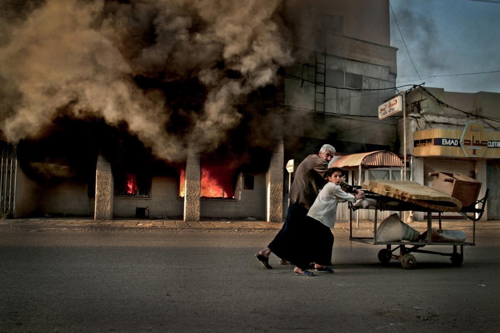YunghiKim©2003_IraqWar04grant